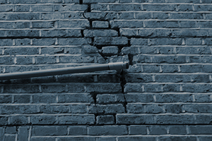Repair cracks in walls with Brutt bars